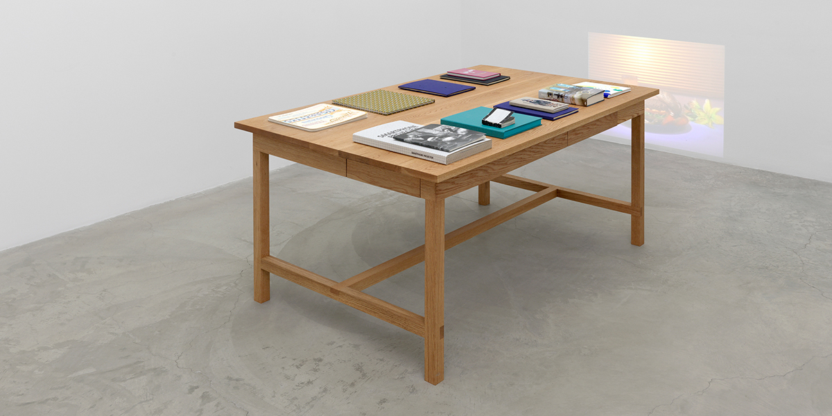 Installation view, Laura Owens, Books and Tables, Matthew Marks Gallery, Los Angeles, October 26, 2019 – January 25, 2020. Courtesy the artist; Matthew Marks Gallery, New York, Los Angeles. Photography by Annik Wetter.